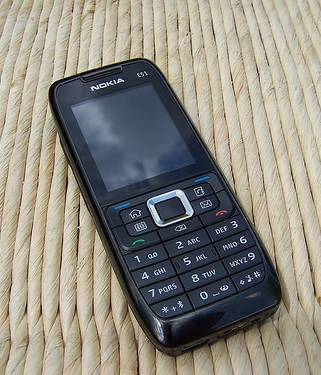 how to install mmssync through nokia pc suite in nokia E51 gives error expired certificate